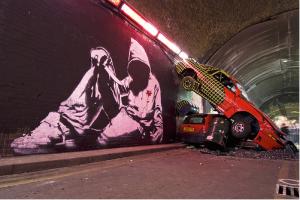 Obra de Banksy para el festival de Cannes en Waterloo, Londres
