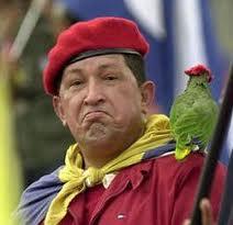 Hugo Chávez y los loros son capaces de hablar